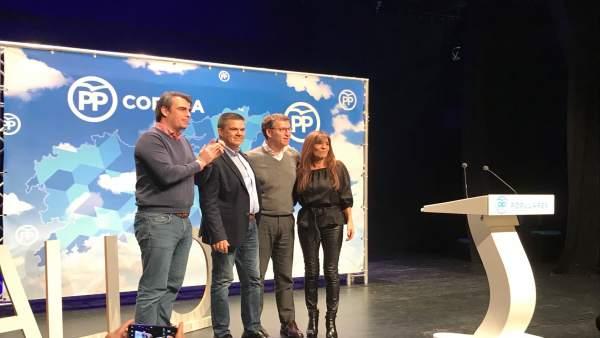 Diego Calvo y Feijóo presentan al candidato del PP en Carballo, Aurelo Núñez