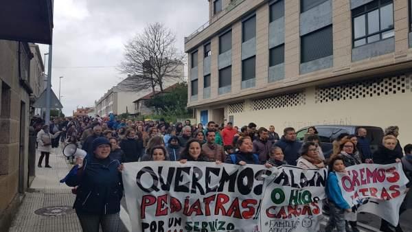 Una de las manifestaciones para reclamar la cobertura de una plaza de pediatra