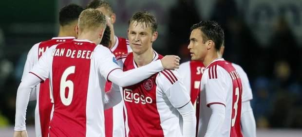 El vestuario del Ajax grita de felicidad al enterarse de que se enfrenta al Real Madrid