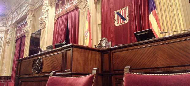 El pleno aprueba el articulado de los Presupuestos de 2019 y un total de cuatro enmiendas en las ...