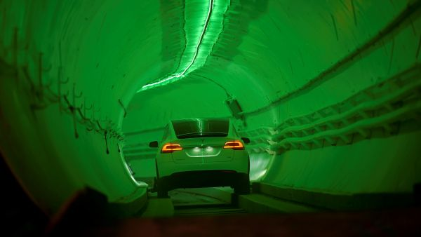 El túnel para evitar atascos de Elon Musk ya es real