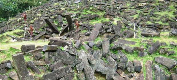 Una investigación defiende la existencia de una inmensa pirámide milenaria bajo una montaña en ...
