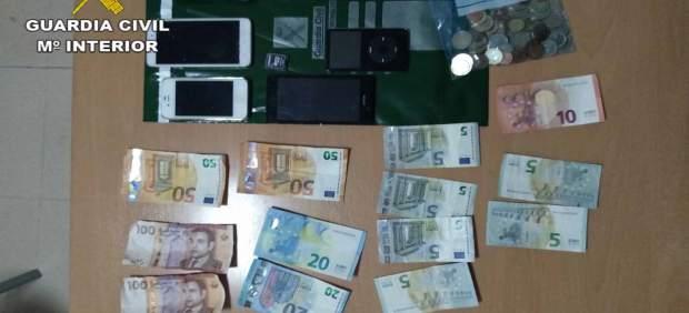 Detienen a dos personas mientras robaban en una agencia de viajes de Inca