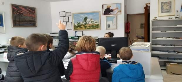 Un total de 362 estudiantes de Santa Eulària participan en el programa 'Comercio y Escuela'