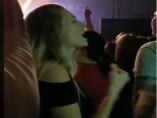 Captura del vídeo de la joven difundido en las redes sociales