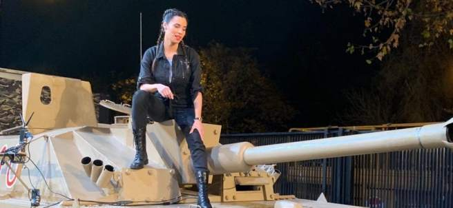 Pilar Rubio, en el tanque de 'El hormiguero'.