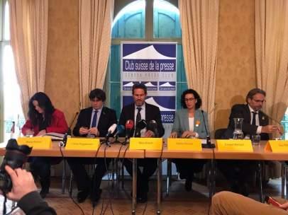 Maria Sirvent, Carles Puigdemont, Nico Kirsch, Marta Rovira y Ernest Benach.