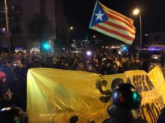 Manifestación de los CDR en la avenida Diagonal de Barcelona