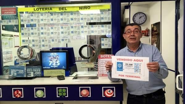 Salamanca.- El responsable de la administración de lotería de la calle Rúa Mayor