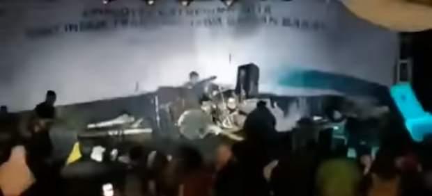 Tsunami en un concierto de Indonesia