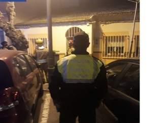 Los agentes de Policía Local, en el lugar del suceso