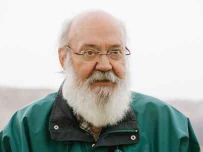 El director, guionista y productor español, José Luis Cuerda, recibirá el premio Feroz de Honor.