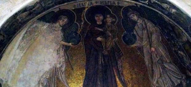 Enigmática representación de la Virgen María