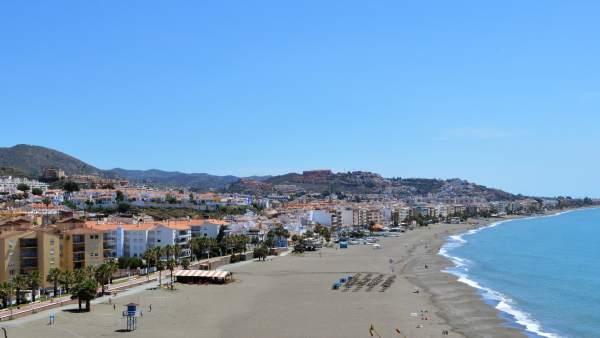 Rincón de la Victoria playa playas turismo ocio chiringuitos verano málaga mar