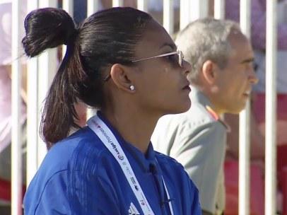 La entrenadora de fútbol Houriya Taheri