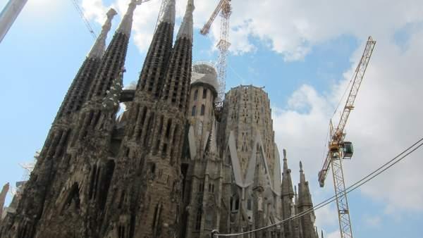 Fachada de la basílica de la Sagrada Familia.