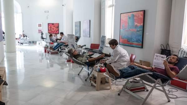 El XI Maratón de Donación de Sangre supera las donaciones de la pasada edición