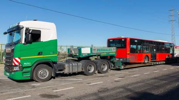 El Ayuntamiento dona tres autobuses a Senegal