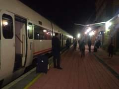 Tren varado en Extremadura (foto de archivo)