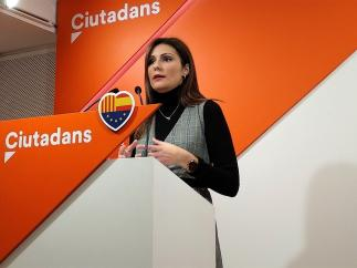 Lorena Roldán, Cs.