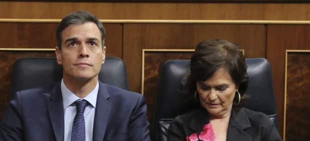 Pedro Sánchez y Carmen Calvo,