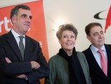 Rosa María Mateo acompañada del director de RTVE-Cataluña