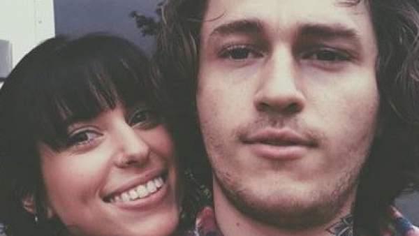 Braison Cyrus y su prometida Stella McBride