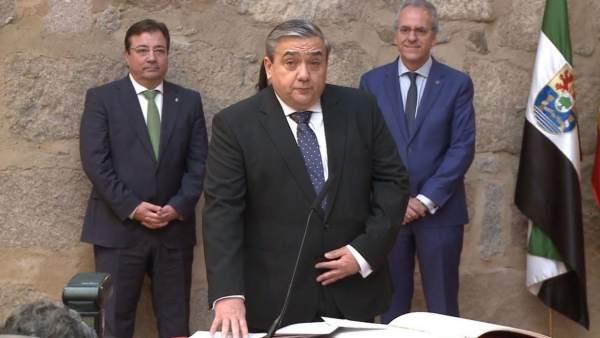 Toma de posesión del rector de la UEx, Antonio Hidalgo