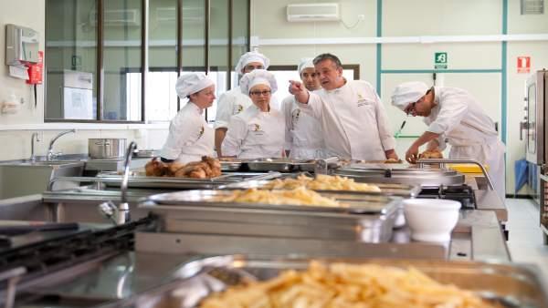 Hotel Escuela Convento de Santo Domingo hostelería cocina aprender comida