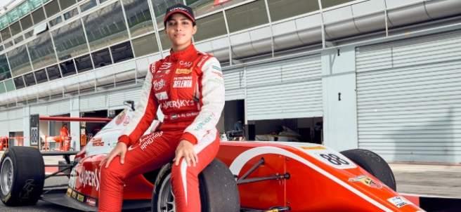 La piloto Amna Al Qubaisi hace historia en la Fórmula E