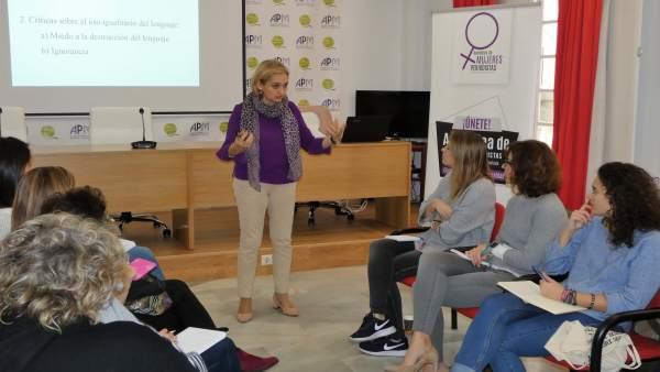 Taller lenguaje inclusivo. Asamblea de Mujeres Periodistas APM