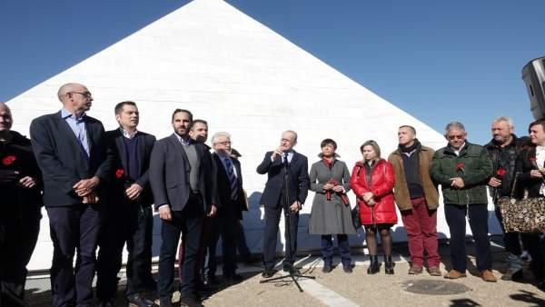 El Ayuntamiento De Málaga Informa: Fotografías (5) Del Acto Institucional Munici