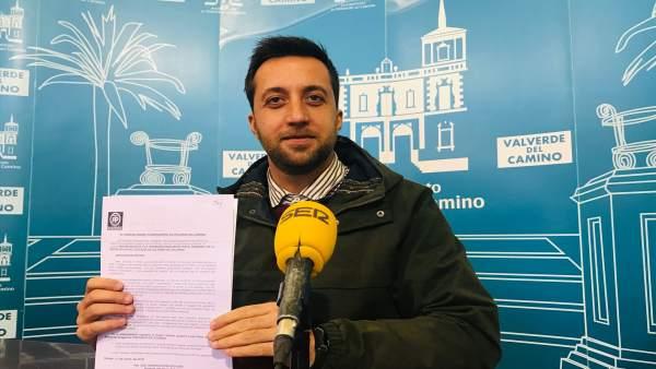 José Domínguez (PP) presenta moción para pedir licitación de rotonda Los Pinos