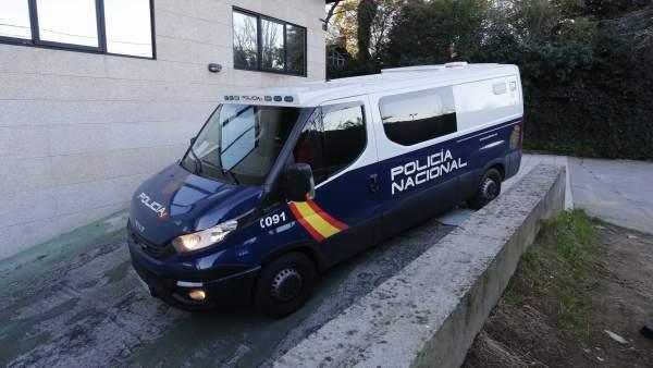 Pase a disposición judicial del presunto parricida de Vigo