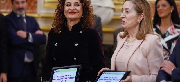 Sánchez inunda los PGE de gasto social e inversiones en Cataluña para atraer a la izquierda y al ...