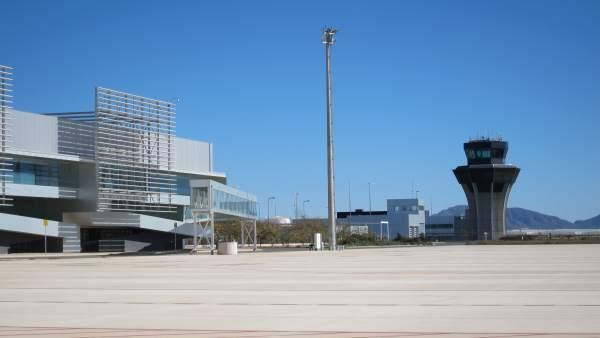 Torre de control aeropuerto de Corvera