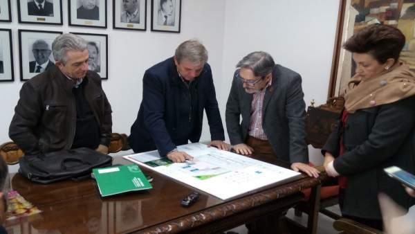 Presentación del proyecto del punto limpio en Alcaudete
