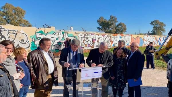 Firma de convenio entre el Ayuntamiento y la Autoridad Portuaria