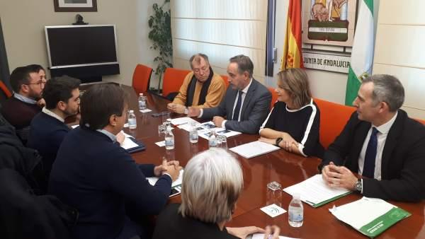 Nota De La Junta, Foto Y Audio López Reunión Alcalde De Beas De Segura