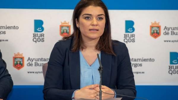 La portavoz del PP en el Ayuntamiento de Vitoria, Leticia Comerón