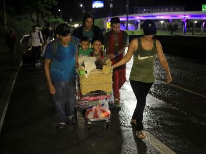 Caravana de hondureños hacia EE UU