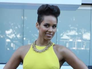Alicia Keys asistiendo a los Premios Aria