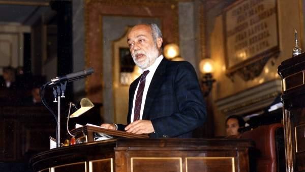 Eduardo Martín Toval