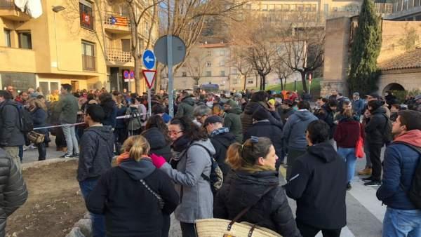 Protesta contra los detenidos en Girona por ocupar las vias del AVE