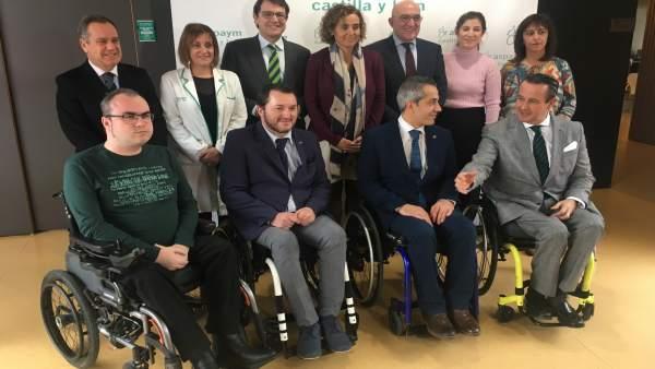 Valladolid.- Montserrat, con Mañueco y Carnero en Asapym