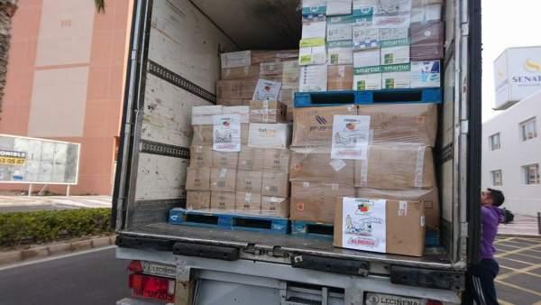 Uno de los camiones con ayuda fletados desde Almería