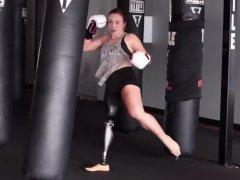 La 'kickboxer' que puede con todo