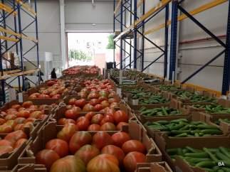 Parte de los productos repartidos por bancos de alimentos.