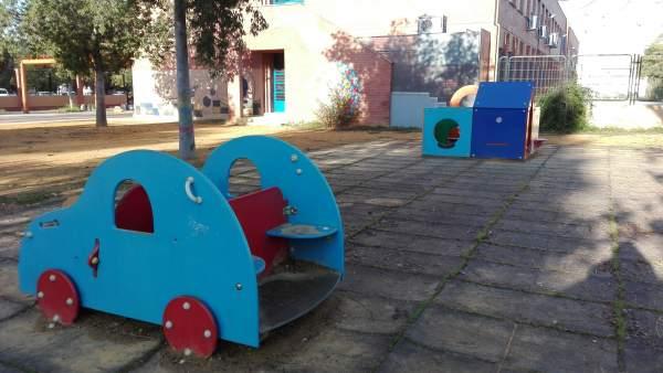 Estado del parque infantil del colegio