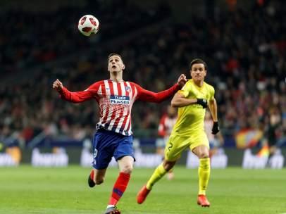 Kalinic en el Atlético - Girona